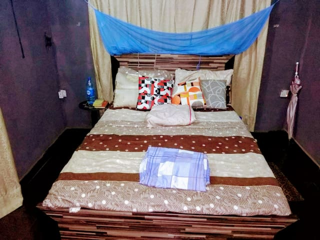 Lagos Home with Central Access to Popular Places