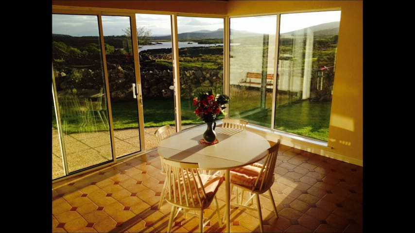 Beautiful House / Stunning Views - Galway - Ev