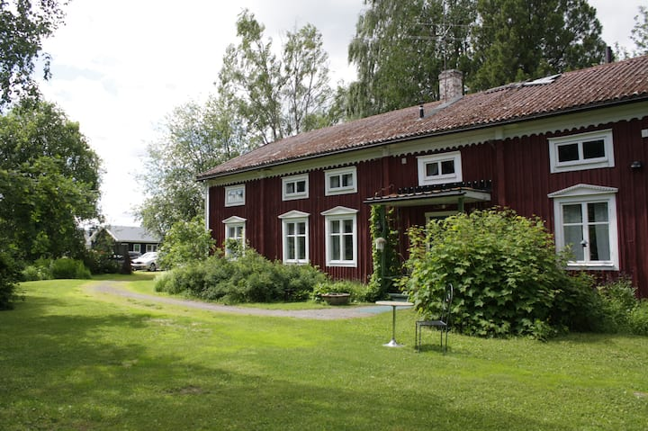 Farmhouse Lodge (Ralph Lundstengården)