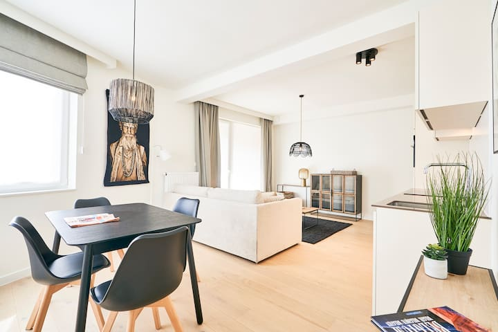 Stylish Apartment (4 Pax) - Grand Place & EU (b.a)