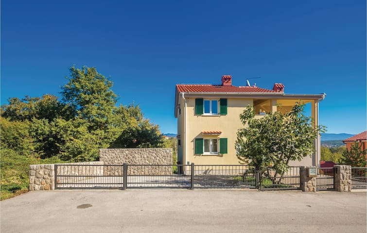 Holiday apartment with 1 bedroom on 37 m² in Cizici