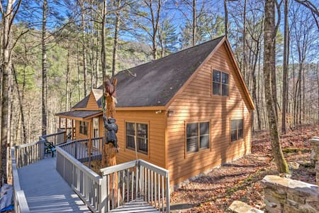 3BR Highlands Cabin Surrounded by Nature! - Cashiers - กระท่อม