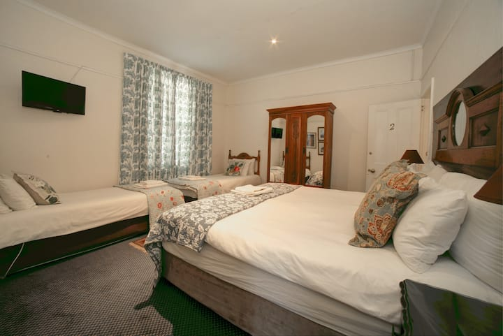 Garden Route En-Suite Family Room
