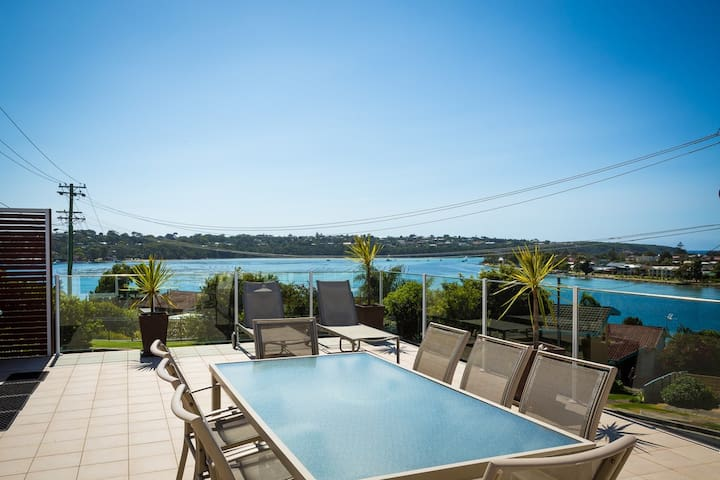 Oceanview Serenity (Whole House) - Merimbula - House