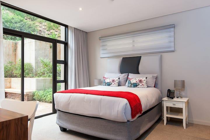 Luxury Zimbali 4 sleeper next to Fairmont Hotel