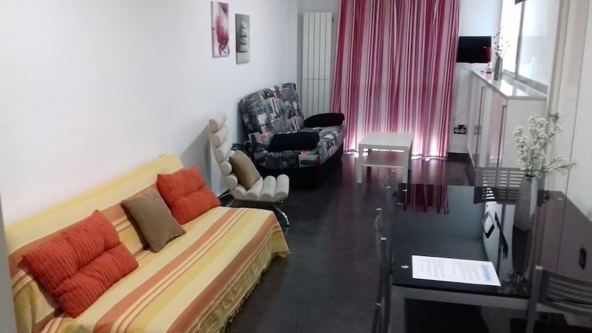 Apartamento de 1 dormitorio - Céntrico y moderno