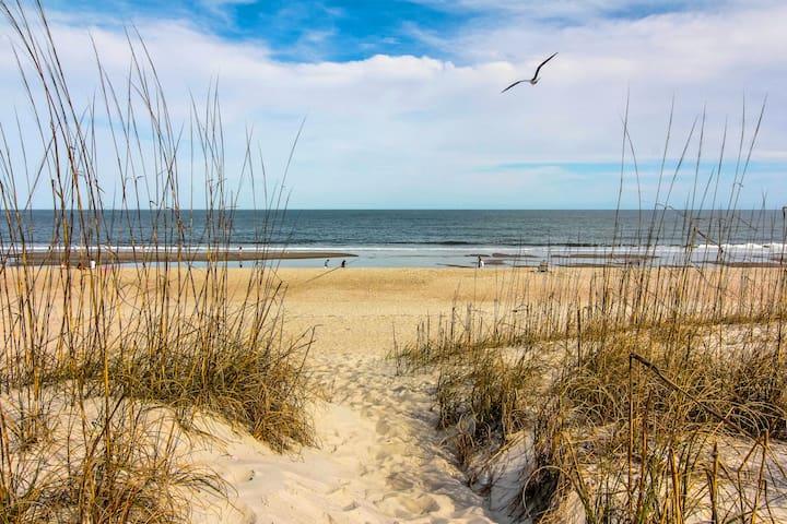 Sea Breeze is at the Beach - Fernandina Beach - Társasház