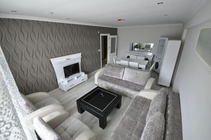 Wonderful flat in quiet rezidence 1