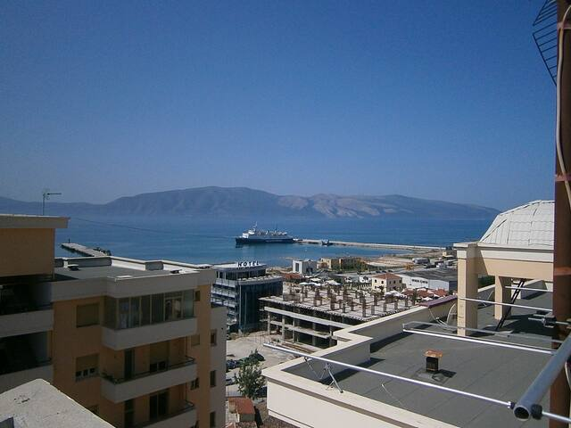 Unique penthouse 400m2 over sea - Vlorë - Apartament