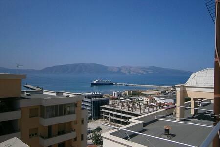 Unique penthouse 400m2 over sea - Vlorë