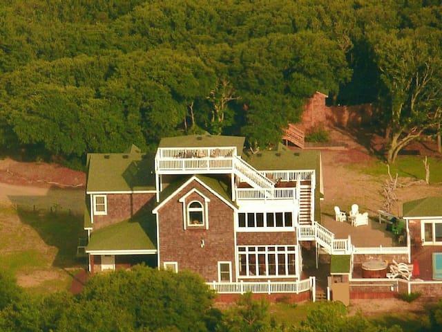 Hidden Oak Estate Private