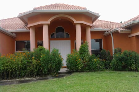 Great Private Space in Port St. Lucie! - Port St. Lucie