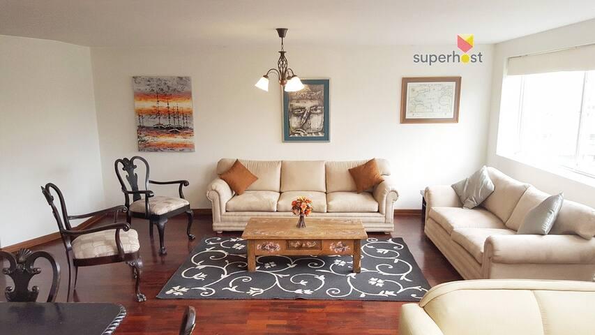 Duplex apartment, in the Heart of Miraflores.  Apartamento duplex, en el Corazón de Miraflores.