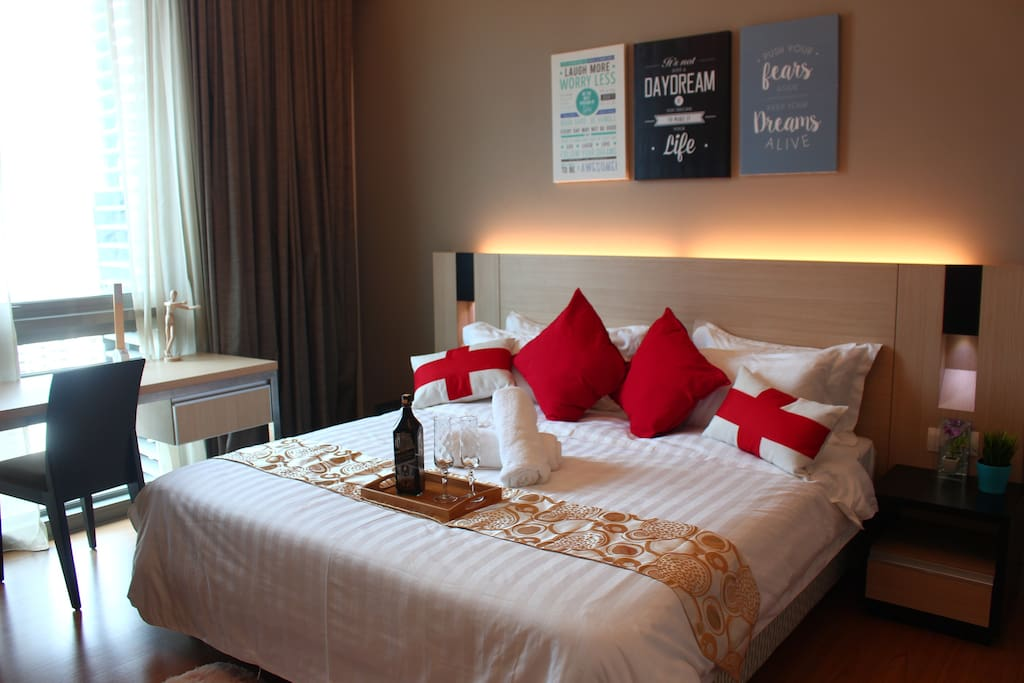Modern, Comfortable and Beautiful King Size Bed with beautiful night view in the bedroom - 2 person
