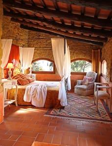 Girona - Suite Unicornio Plata - Púbol - Hotel butikowy