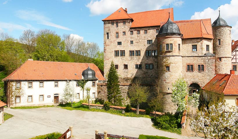 Castle Johanniterburg Kühndorf - White House