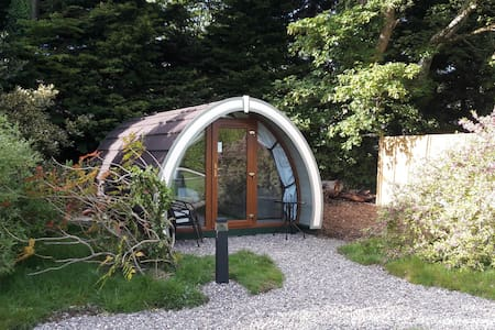 Priory Glamping Pod 3