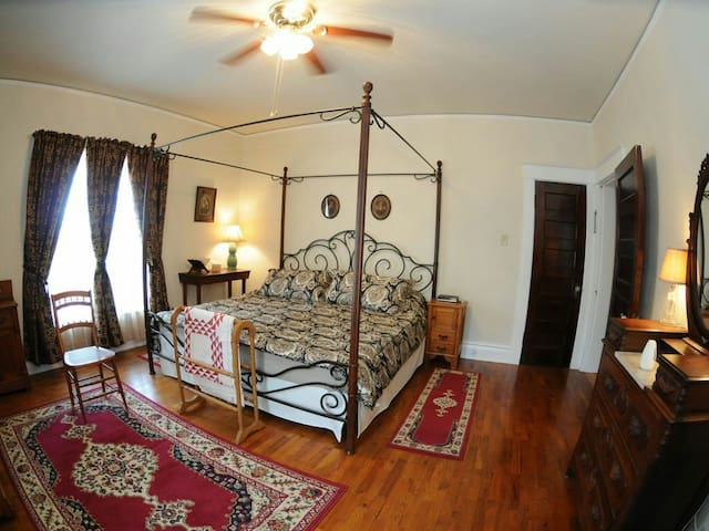 Keene Road Country Estate - Platteville - Appartement