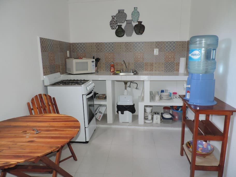 The fully equipped kitchen! Perfect for  preparing everything from snacks to full meals