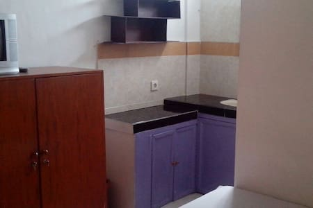 Cheap and Clean with good location - West Denpasar