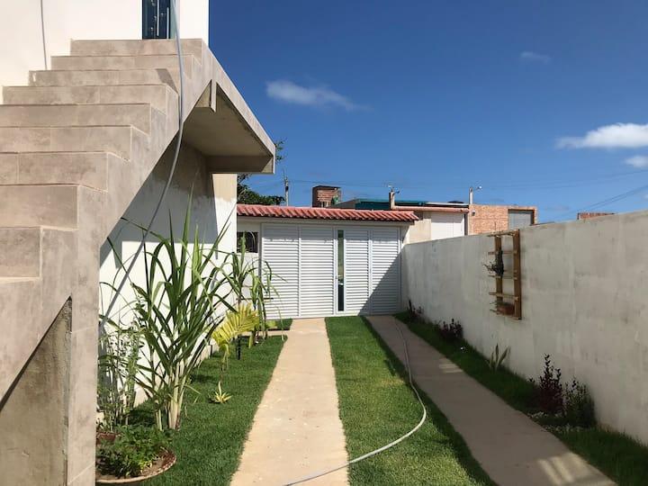 Apartamento com piscina na praia Pedra de Xaréu