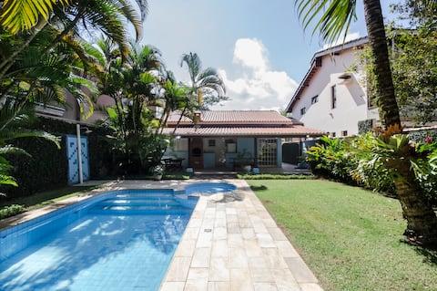 Balneario Praia do Pernambuco house with pool