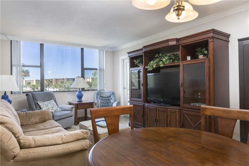 Get comfortable - Sink into the comfy seating of our Harbor Tower 324 condo and enjoy the bright Florida sunshine from our cool,