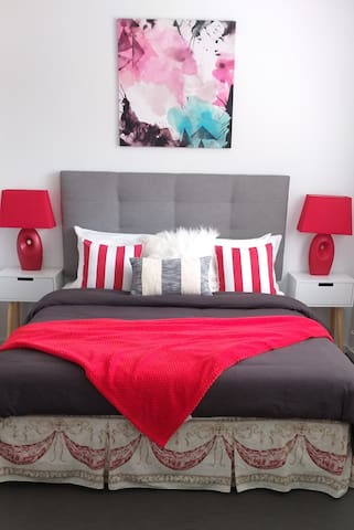 Spacious Queen bed, comfy and great for relaxing.