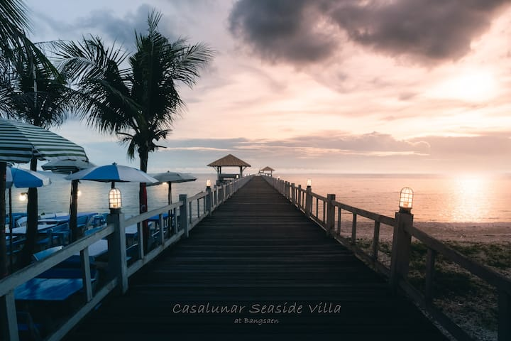 Casalunar Seaside Villa at Bangsaen