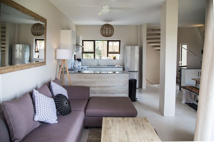 Umdloti Cabanas Beach Apartment - Umdloti - อพาร์ทเมนท์