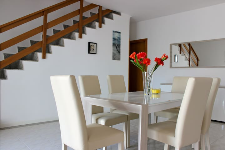 Elegant Seaside Apartment Near Rome - Anzio - Casa