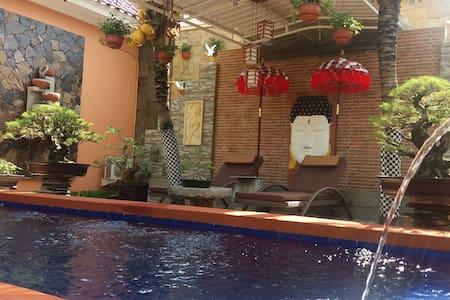 Secret oasis (Villa Kampoeng 8)