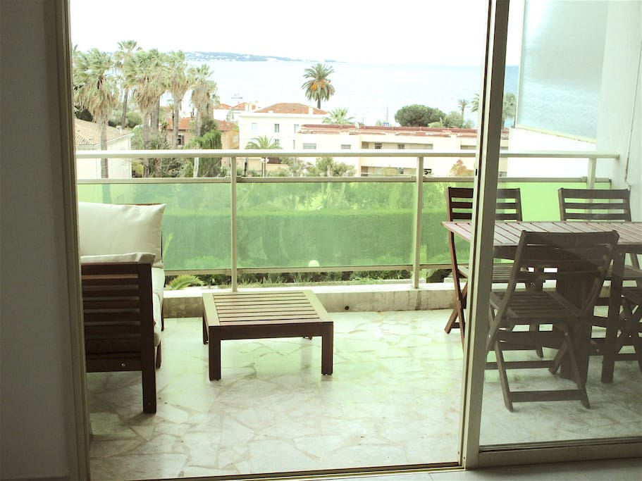 Main balcony with sea view. A lovely place to have a glass of wine while admiring the sights of Juan les Pins and Antibes