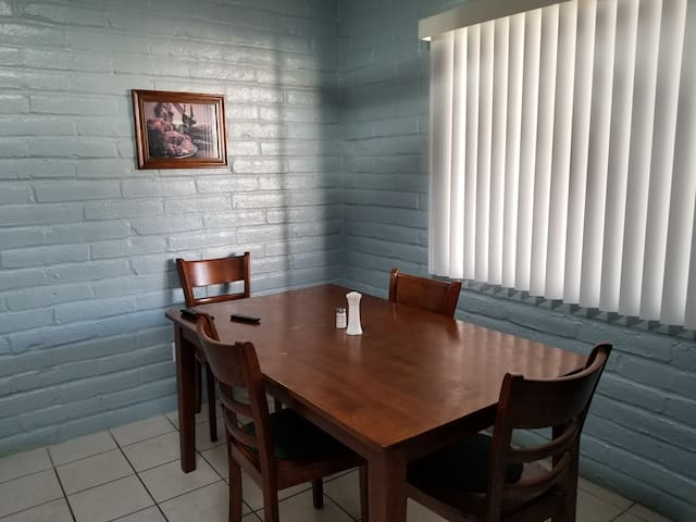 Centrally located private room; quiet neighborhood