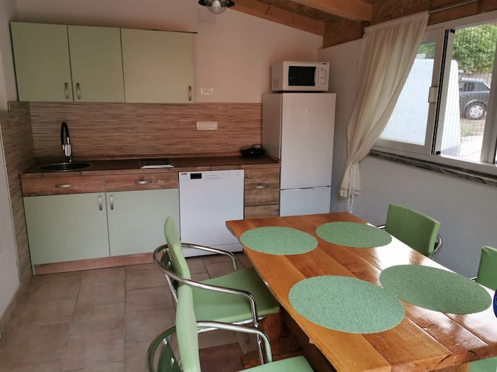 Two Bedroom Apartment, seaside in Vrboska - island Hvar, Terrace
