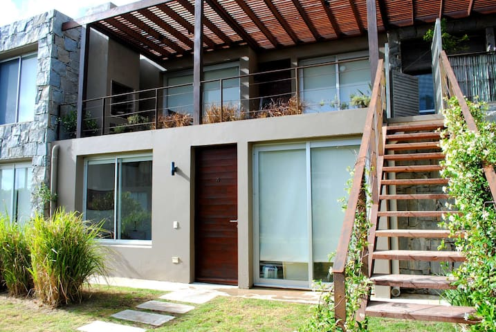 MANANTIALES, ideal for families