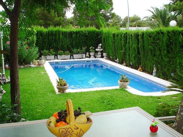 Villa Voramar With Private Swimming Pool