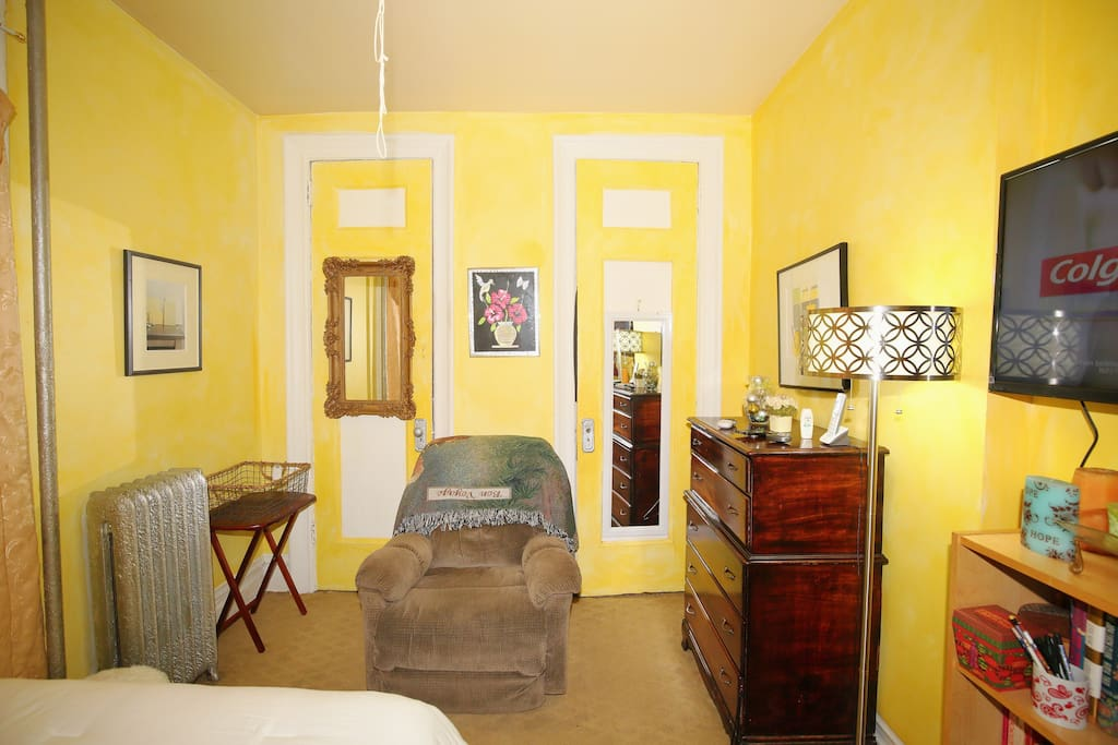Bedroom Furniture and TV