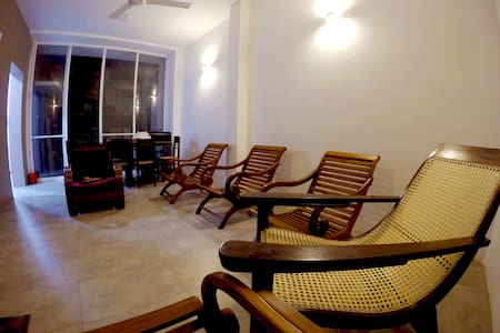 NEW- Seeya's Villa, Private,  6+ roof top,  views - Dehiwala-Mount Lavinia - 别墅