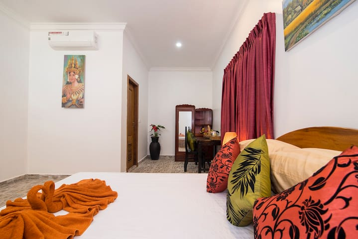 Deluxe Room @ Siem Reap Friendly House