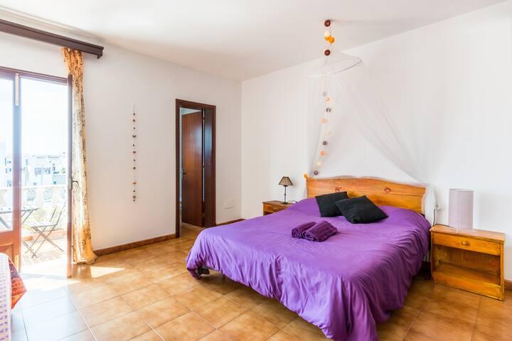 BAÑO Y TERRAZA PRIVADOS - Ciutadella de Menorca - Apartment