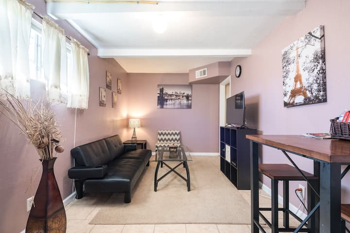 Cozy Home 1 Minute from Lackland