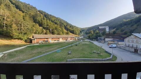 Appartement au pied des pistes et au coeur du parc naturel du Vercors!