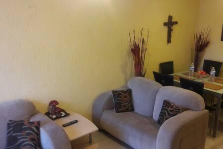 Casa Coacalco s/av principal, seg, indep, comoda.