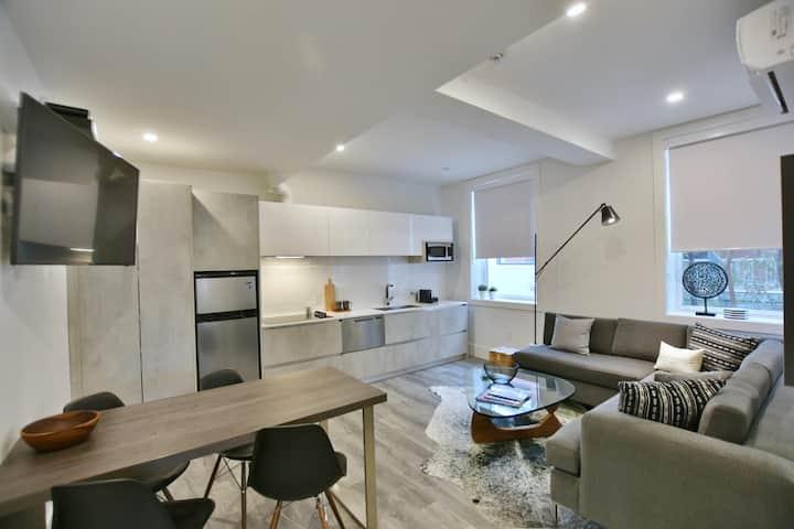 VanderMarck Suite 101 - 2 Bedroom