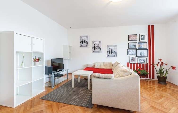 Anchys Apartment - Pula - Flat