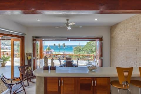 Ocean View Villa in Dtown San Juan Del Sur