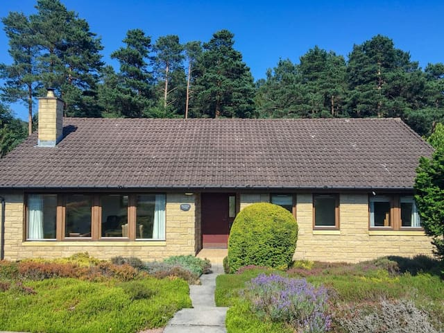 Bearberry Cottage (W43359)