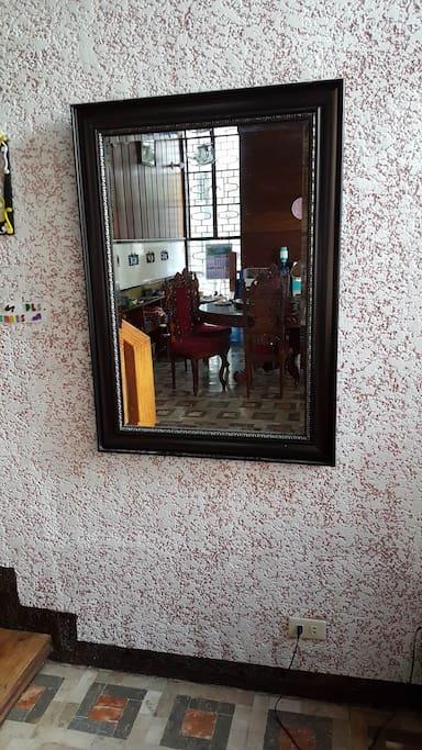 House Mirror.