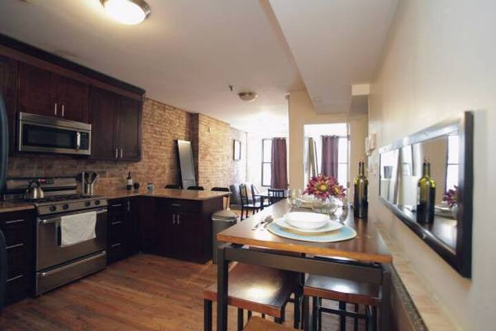 Chelsea Loft Large Private Bedroom A+ Location! - New York